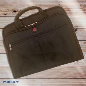 """SwissGear 17"""" Slimcase Laptop Bag"""